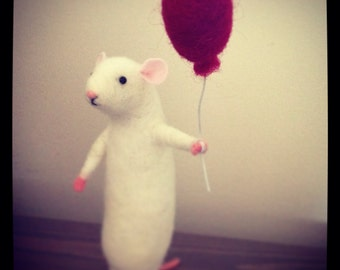 Needle Felted Mouse With Balloon Sculpture