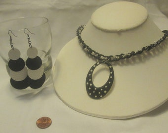 Necklace,  Black and White Polkadot Jewelry, Black Jewelry, Black Neckalce, White Jewelry by Cindydidit