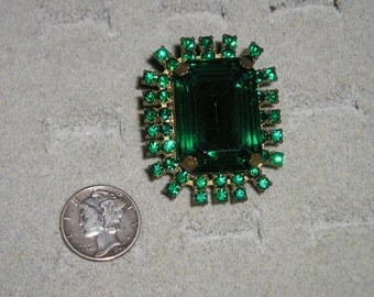 Vintage Large Victorian Revival Ring With Green Rhinestones Adjustable 1940's Size 7 Jewelry 102