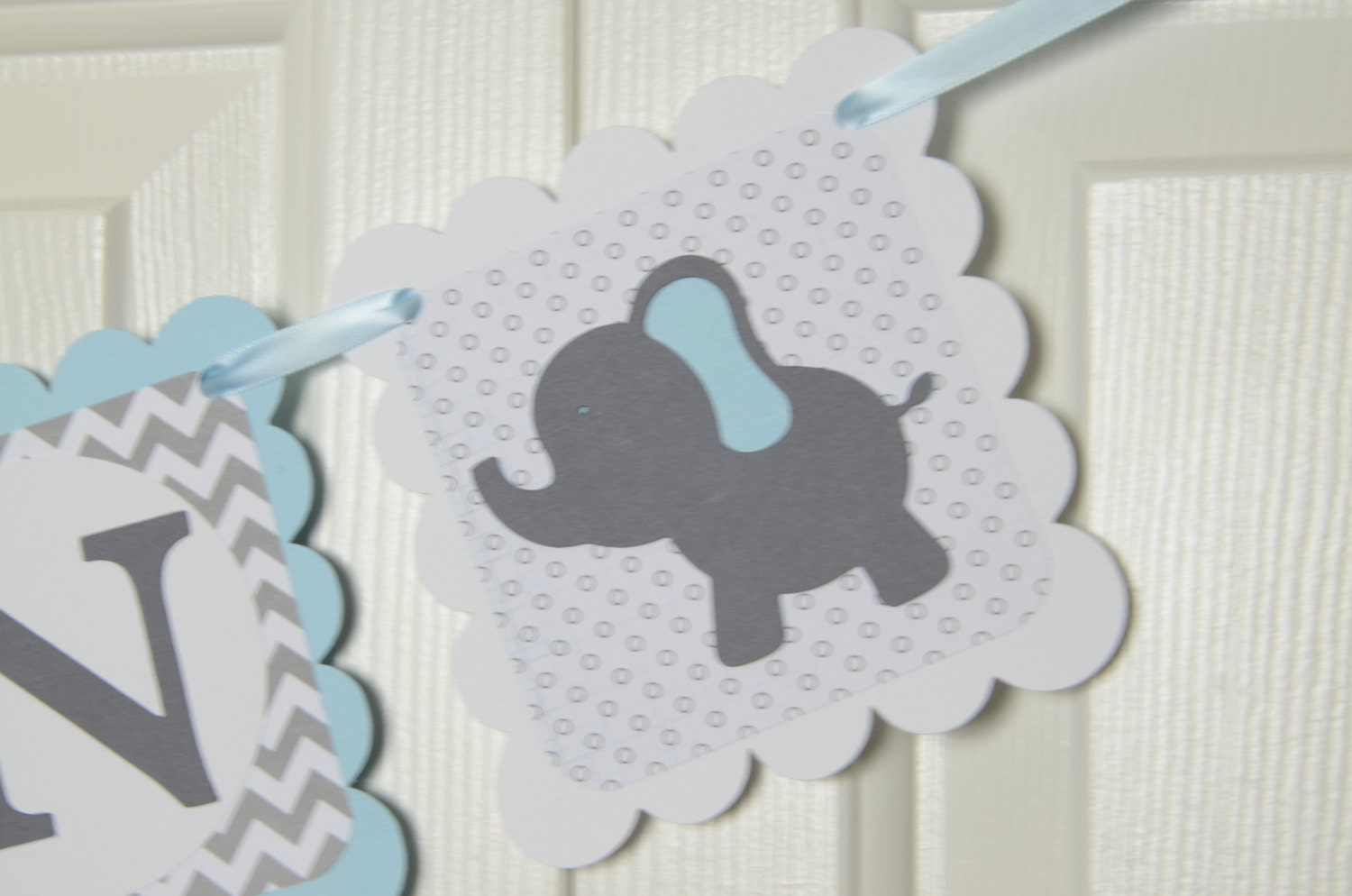 Elephant name banner birthday party baby shower banner for Baby clothesline decoration baby shower