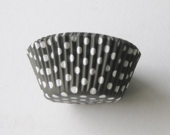 12 Black and White Polka Dot CUPCAKE LINERS