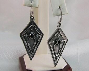 Southwestern-Deco Sterling Kite Earrings with Onyx