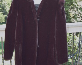 Vintage Intrigue by Glenoit Deep Black Faux Fur sz 8, 10 or 12 Jacket  EUC  1970's