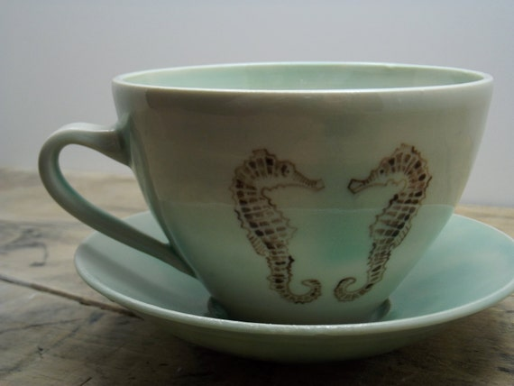 20% OFF-Porcelain Green Goldfish and Seahorse Tea Cup and Saucer
