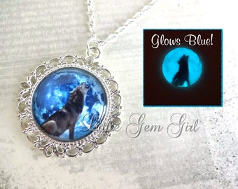 Glow in the Dark Wolf Full Moon Necklace - Victorian Silver or Bronze Setting - Howling Wolf Blue Moon Pendant Glowing Moon Glass Charm