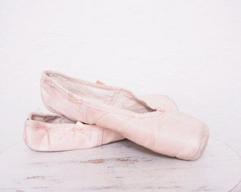 Vintage Pair of Used Pink Ballet Slippers Without Ribbons