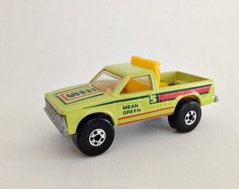 Hot Wheels Mean Green Surf Patrol Truck