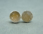 Lovely Light Round Druzy Stud Earrings in Sterling Silver electroplated (S14B3-18)