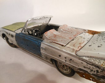 scale model early sixties Ford Thunderbird 1/24 scale