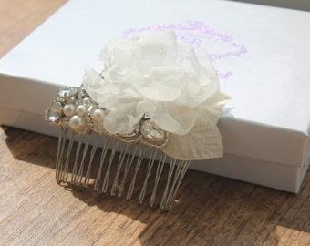 New 2015 Luxury 'Flora' Bridal Hair Piece