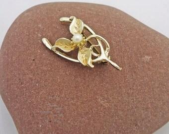 Vintage Wishbone Brooch/Pin, Wishbone brooch, Hollywood Signed Wishbone Brooch, Pearl Wishbone Brooch, UK Seller