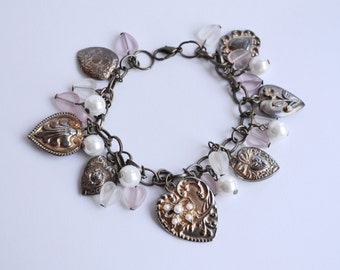 Heart Charm Bracelet - adjustable, vintage costume jewellery, 80s, pink heart shaped beads