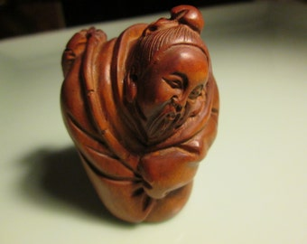 netsuke totem hand carved FISHERMAN-3 heavy detailed carving cherry stain on birch wood 2 inches very collectable