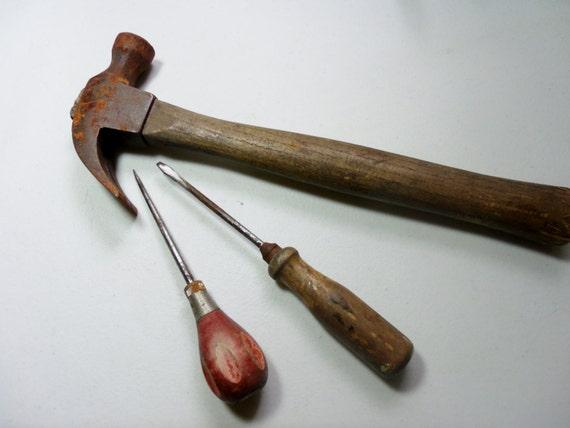 vintage manche bois outils maillet tournevis en bois en. Black Bedroom Furniture Sets. Home Design Ideas