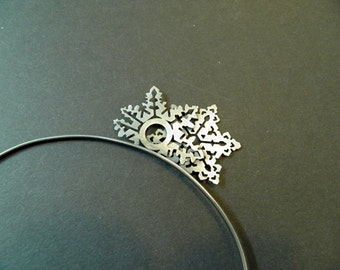 snowflake tiara, crystal water tiara, good luck amulet, hear band with snow flakes, frozen hear band, molecules of water, party head band