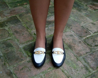 vintage leather navy blue and white flats, two tone loafers, flat shoes size US 6.5, EUR 37, UK 4, made in Italy