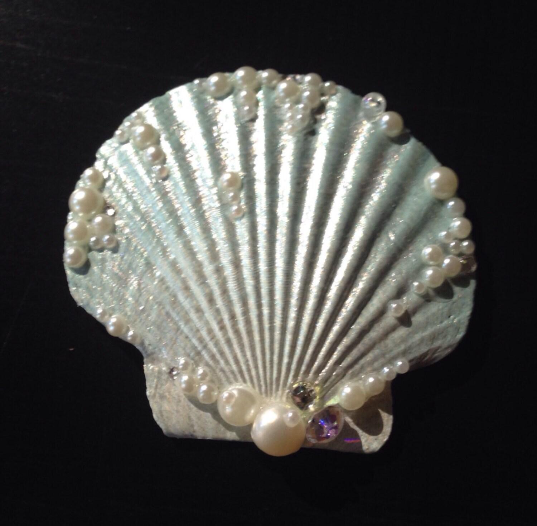 Mini seafoam seashell hair clip for Seashells for hair