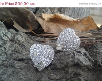 SALE Totally in Love - Vintage Weiss Heart Earrings on Original Card