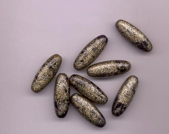 Six beautiful vintage lucite beads - black with gold glitter and shiny glaze - 33.5 x 12.5 mm long ovals