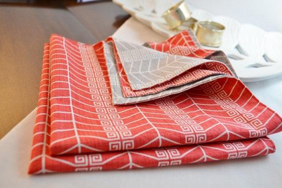 serviettes de table en tissu serviettes de coton rouge gris. Black Bedroom Furniture Sets. Home Design Ideas