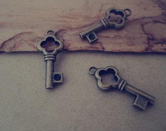 20pcs of antique bronze Key pendant Charms 11mmx25mm