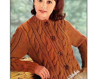 1960s Cable Knit Cardigan Crew Neck Bulky Sweater - Knit pattern PDF 7813