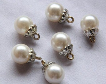 Artificial Peal Bottons Set, Offwhite Color with Silver base, Round,9mm Diameter -(4 in a set) (FN88)