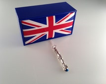 Exclusive Doctor Who 10th Doctor Sonic Screwdriver Charmed Interpreted Necklace in UK Union Jack Gift Box
