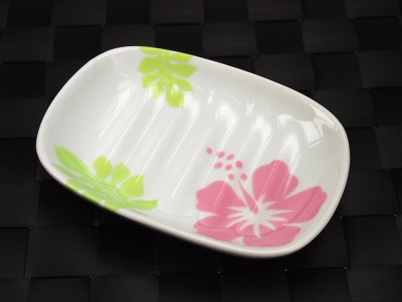 https://www.etsy.com/listing/170944368/cute-adorable-colorful-ceramic-soap-dish