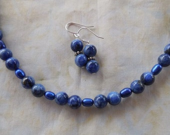 20 Inch Simple Lapis and Blue Freshwater Pearl Necklace with Earrings