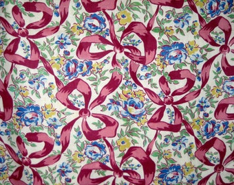 Vintage 40s cotton fabric yardage Novelty floral bow design print 3 yards sewing