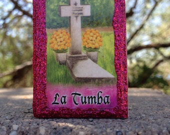 Loteria Day of the Dead Matchbox, El Craneo (Skull) and La Tumba (tomb)