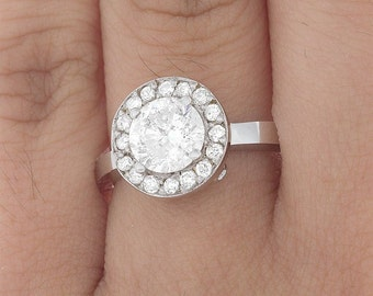 Antique Style Diamond Solitaire Engagement Ring 1.28 Carat Round Shape 18k W/G