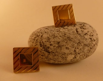 Gold toned Etched Cufflinks