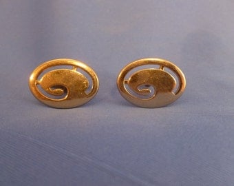 Swank Swirl Gold Toned Cuff Links