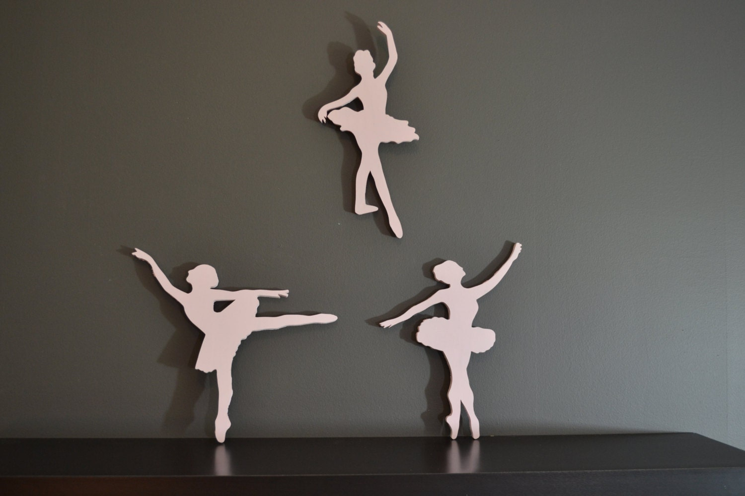 Wooden wall decor wall decor ballerina ballerina wall for Ballerina decoration