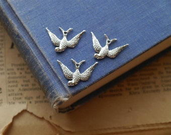 12 pcs Antique Silver Swallow Bird Charms 25mm (BC1097)