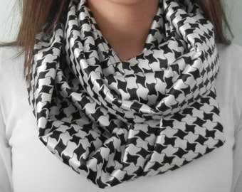 Black and White Abstract Houndstooth Print Silky Infinity Scarf