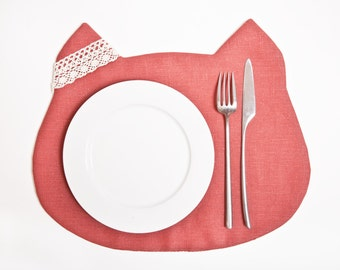 Linen Placemat, Red Cat Placemats, Housewarming or Birthday Gift, Red Kitchen Decor, Baby Shower Favors, Linen Kitchen Decor
