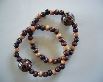 """Queasy Beads™ Motion Sickness & Nausea Relief Bracelets in """"On Safari"""""""
