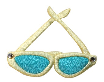 ID #9038 Pair of Wayfarer Sunglasses Shades Embroidered Iron On Applique Patch