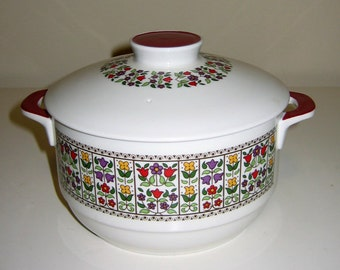 Vintage Royal Doulton Fireglow Casserole Dish and Lid