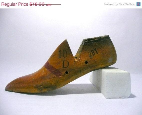 SALE Vintage Shoe Last, Size 10D