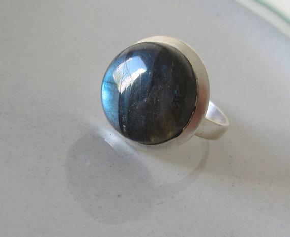 Sterling Silver stone Ring - Labradorite ring - Handmade jewelry - size 8
