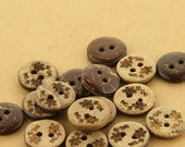 6 pcs 0.43~0.79 inch Brown Pattern 2 Hole Manual Natural Coconut Shell Buttons for Kids Shirts