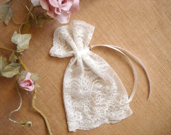 Ivory Lace Favor Bags, Baby Shower Favor, Baby Christening Bags, Vintage Lace Favor Bags
