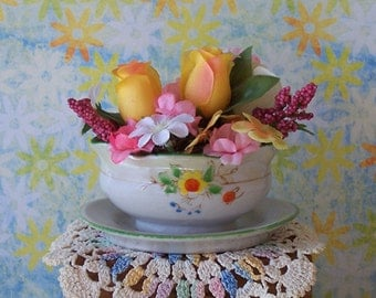 Vintage Mini Floral Arrangement