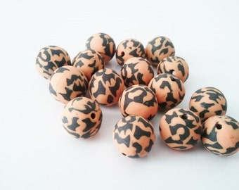 12mm Orange print polymer clay beads 8pc