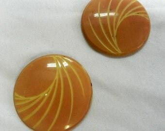 "2 Vintage 1930s Art Deco Lucite Pink Carved Shank Buttons 1 1/2""(414-41)"