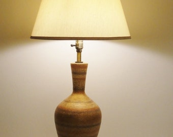 Beautiful Vintage Pottery Vase Table Lamp Earthtone Clay Colors